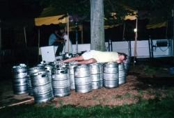 Reunions 2002: Keg Bed